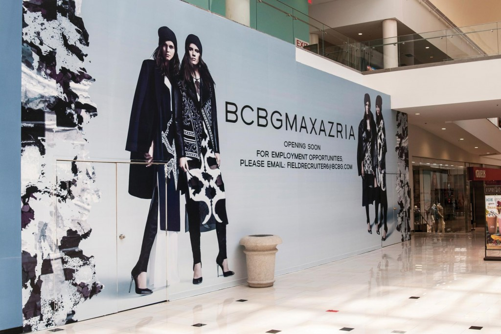 Guiding The Customer Journey With Mall Wall Retail Barricades